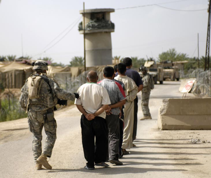 Civilians are restrictive factor in the Iraqi Army's fight against ISIS.