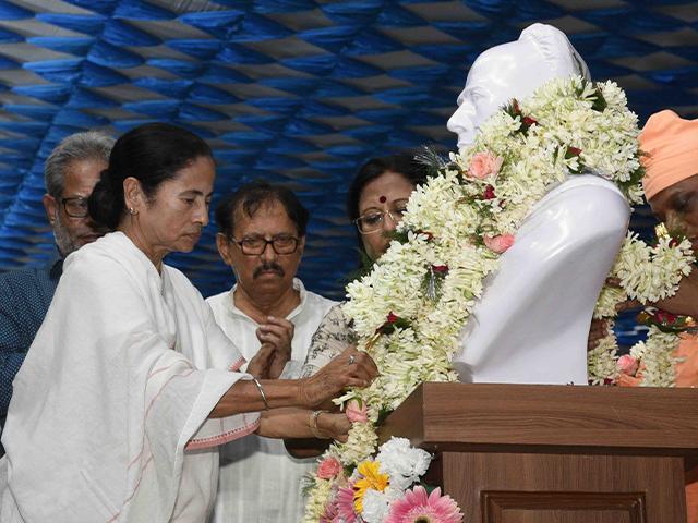 Mamata S Bid For Bengali Nationalism Explained