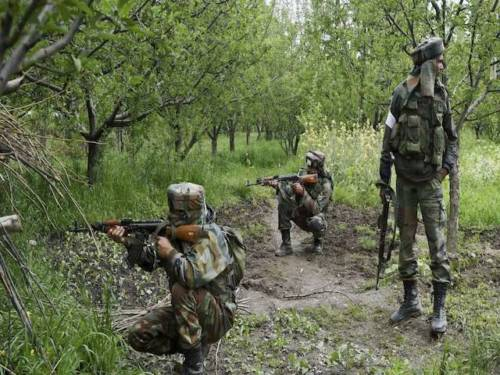 A UN report says that India and Pakistan have not taken any concrete steps to address atrocities against civilians and activists in Kashmir.